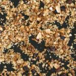 Hemmagjord och billig granola