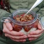 Chiafrutti med äppelkompott och knäckecrunch